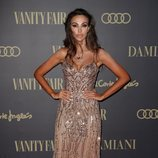 Madalina Ghenea con un peinado demasiado messy en los Vanity Fair Personality of Year Awards 2019