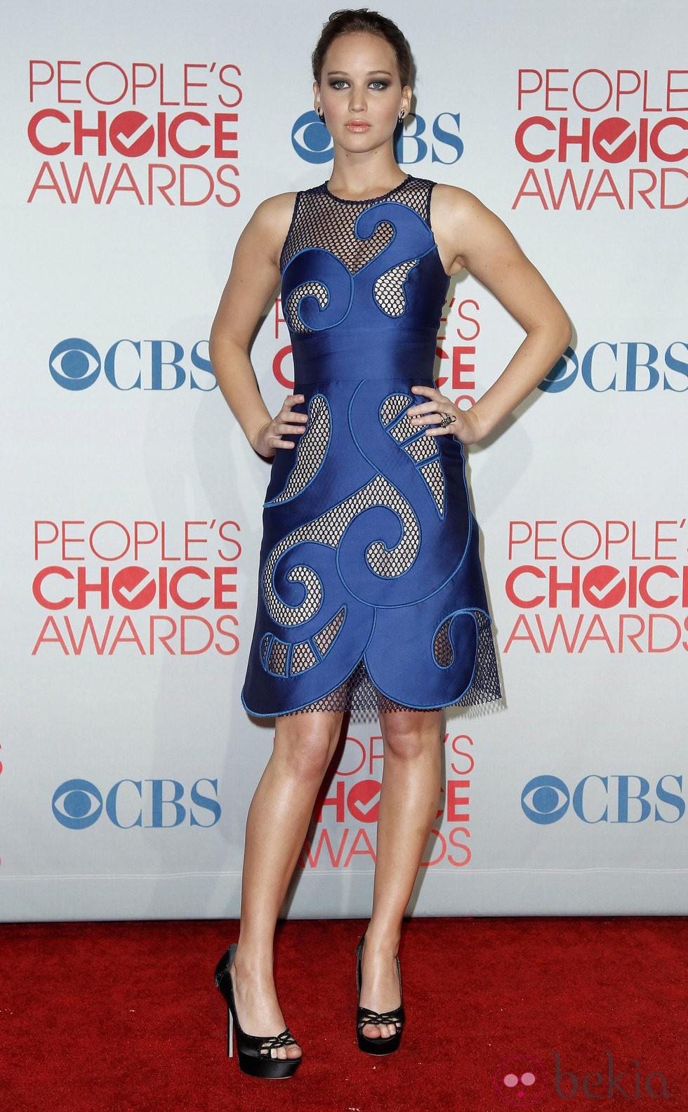 Jennifer Lawrence con smookey eyes en los People's Choice Awards