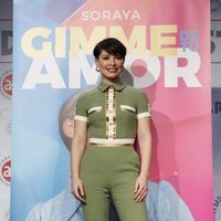 Soraya presenta su nuevo single con un beauty look de infarto