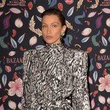 Bella Hadid acude a la exposición de Harpers Bazar en París