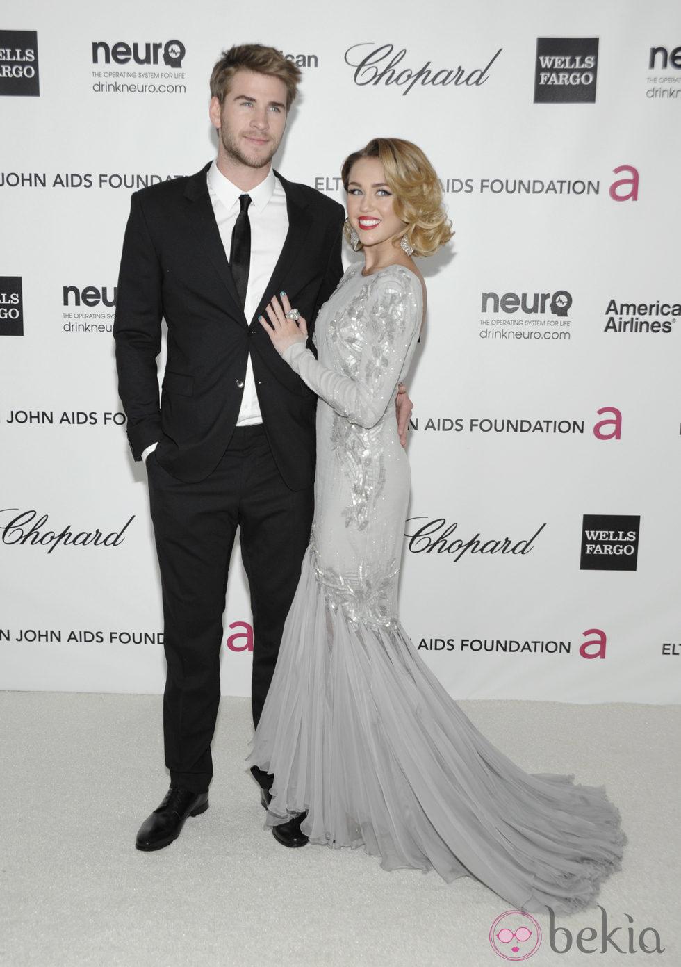 Miley Cyrus con melena corta en la fiesta de Elton John tras los Oscar 2012