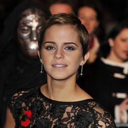 Emma Watson con un corte de pelo masculino