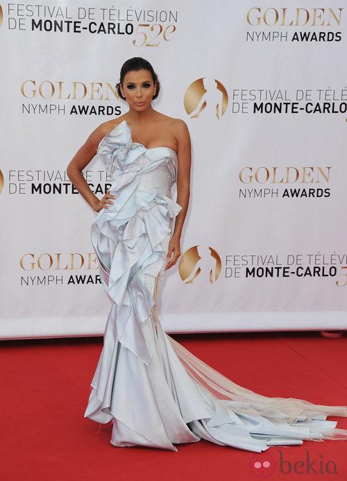 Eva Longoria demasiado maquillada en la clausura del Festival de Monte-Carlo 2012