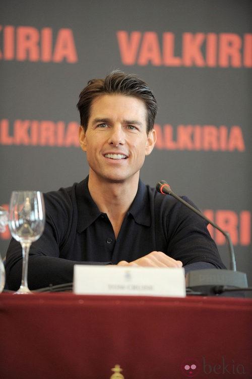 Tom Cruise después de ponerse ortodoncia