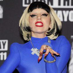 Lady Gaga también se une a la tendencia del 'nail art'