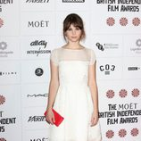 Felicity Jones apuesta por un maquillaje suave en los British Independent Film Awards 2012