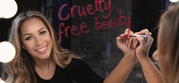 Leona Lewis posa como embajadora de The Body Shop