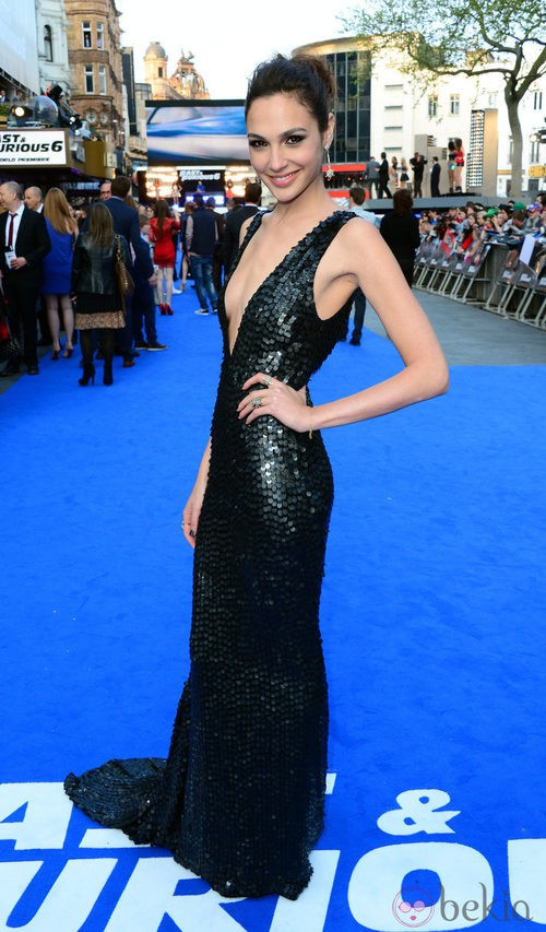 Look de Gal Gadot en el estreno de 'Fast and Furious 6' en Londres