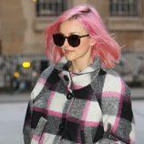 La presentadora de The X Factor, Fearne Cotton, con el pelo rosa
