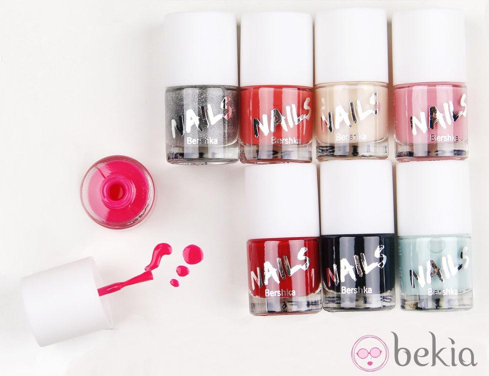 Colección de pintauñas de la línea de cosméticos de Bershka