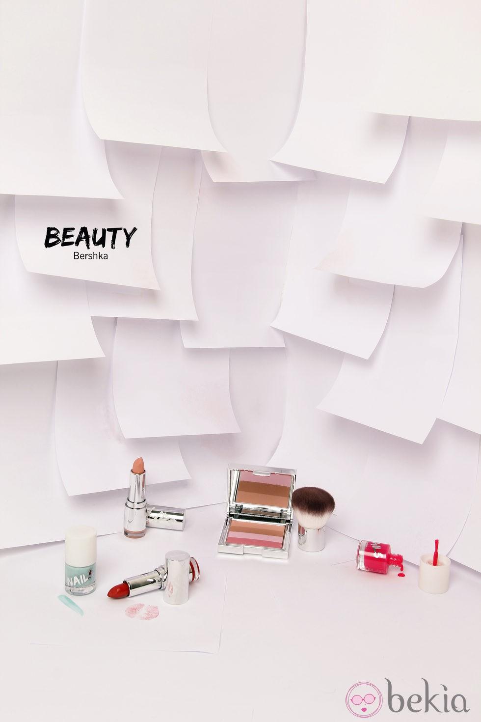 Línea de cosméticos de Bershka