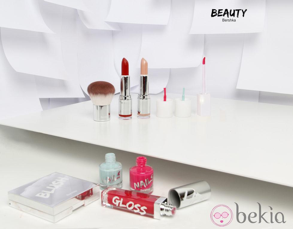 Selección de la línea de cosméticos de Bershka 2014