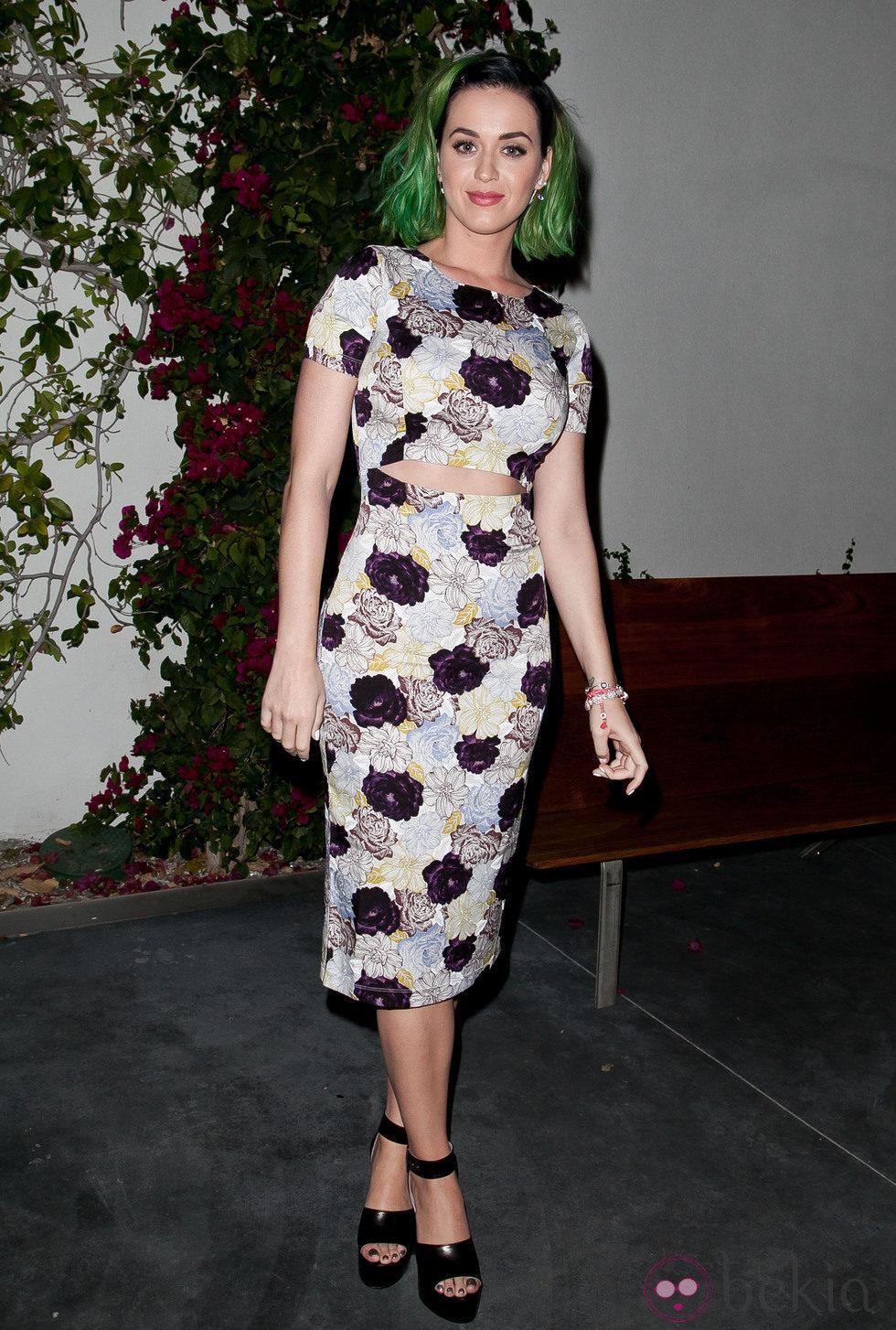 Katy Perry con la melena teñida de verde