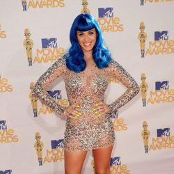Katy Perry en los MTV Movie Awards 2010 con el pelo azul
