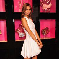 Karlie Kloss posa en la presentación de 'Heavenly', perfume de Victoria's Secret