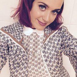 Katy Perry con la melena morada