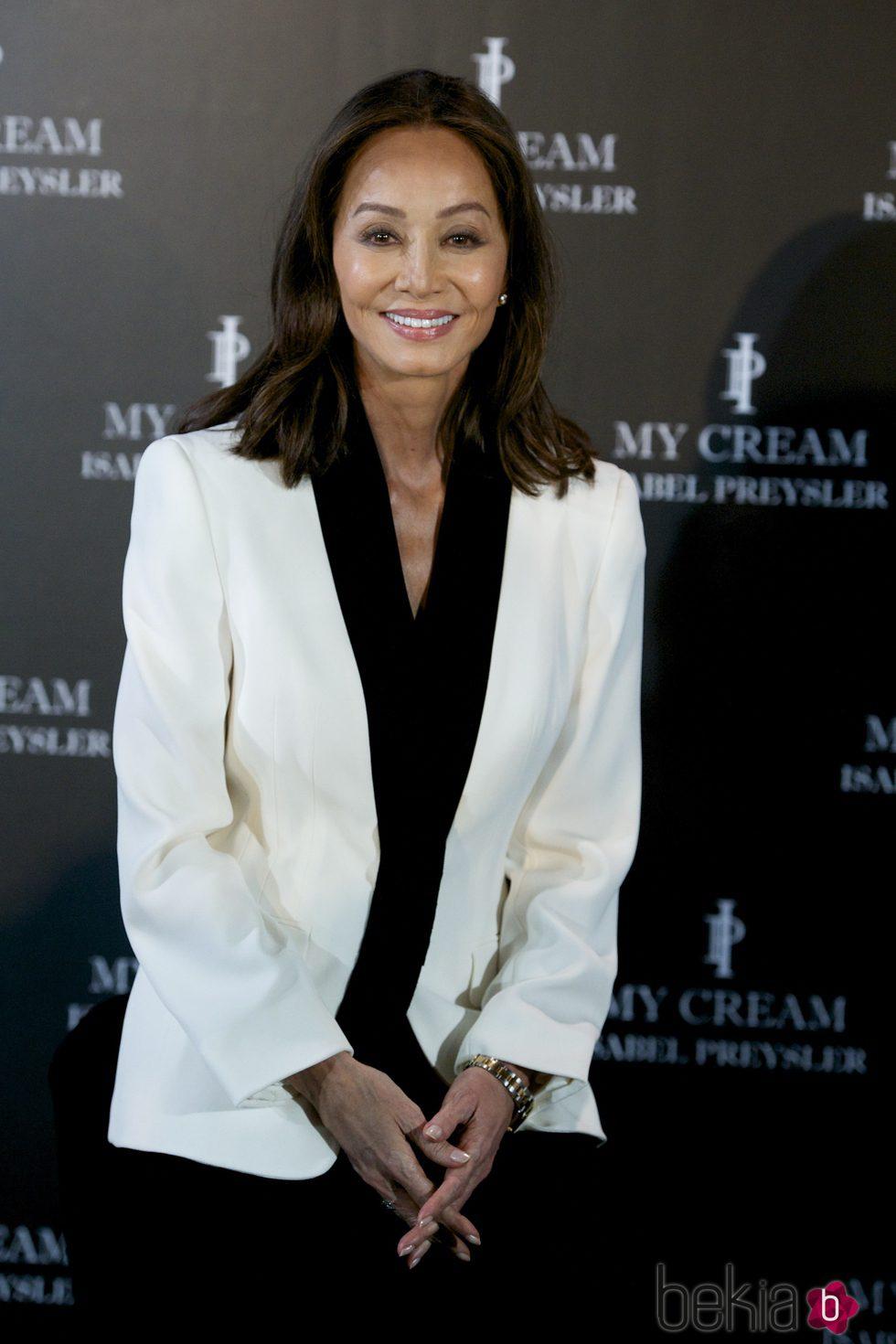 Isabel Preysler en la presentación de su línea de cosméticos 'My Cream'