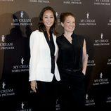 Isabel Preysler y la dermatóloga Virginia Sánchez en la presentación de 'My Cream'