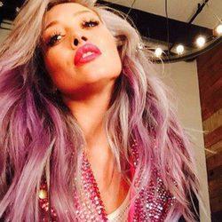 Celebrities que se han unido a la moda del pelo rosa