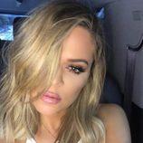 Khloe Kardashian se corta la melena para apuntarse al midi