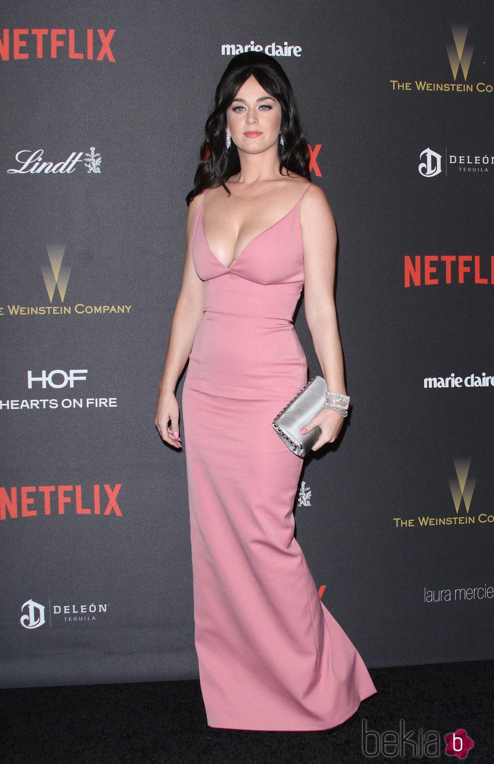 Katy Perry apuesta por un inmenso cardado para  divertirse en las fiestas tras los Globos de Oro 2016