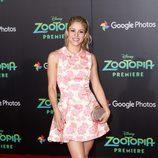Shakira recoge su larga melena en una sencilla coleta
