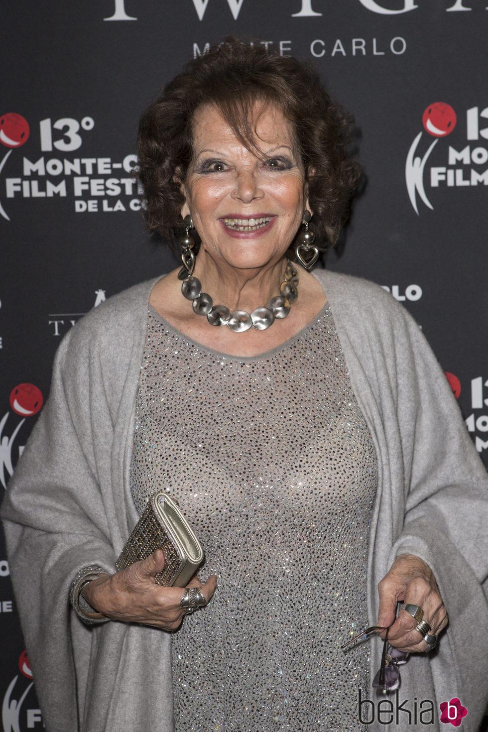 Claudia Cardinale con un flequillo extraño