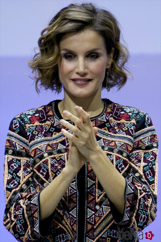 El pelo corto pero rizado de la Reina Letizia