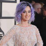 Katy Perry con cabello púrpura