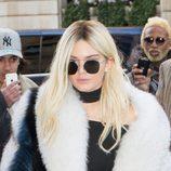 Kendall Jenner rubia para desfile de Balmain