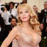Blake Lively en 'Charles James Beyond Fashion' Costume institute Gala en 2014