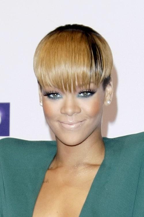 Rihanna en los Echo Awards en 2010