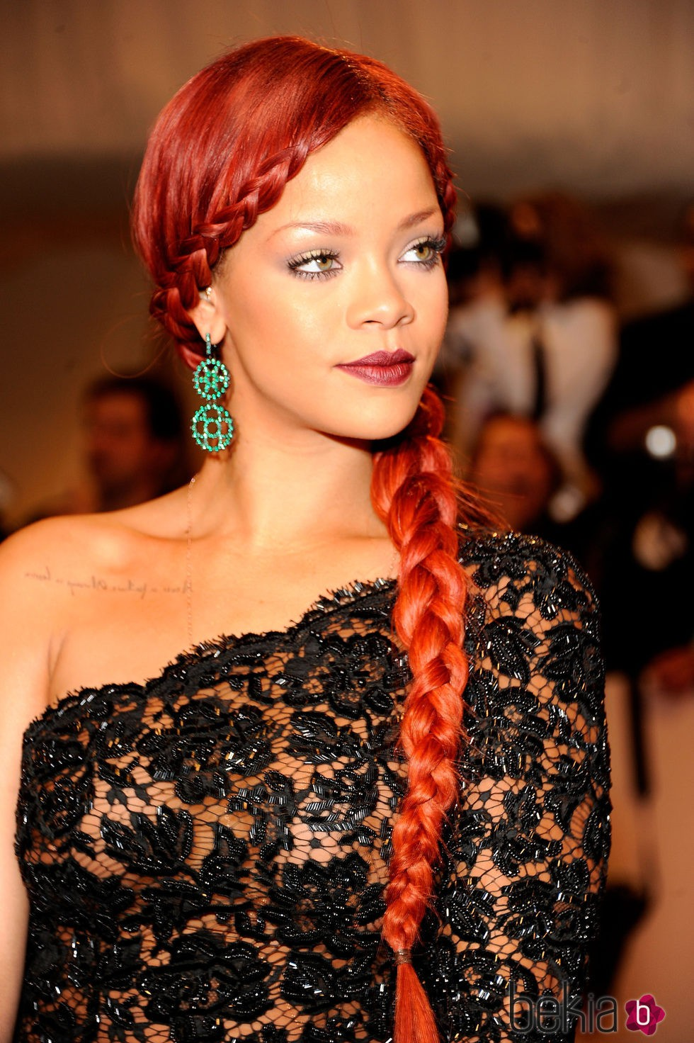 Rihanna en 'Alexander McQueen: Savage Beauty' Costume Institute Gala en 2011