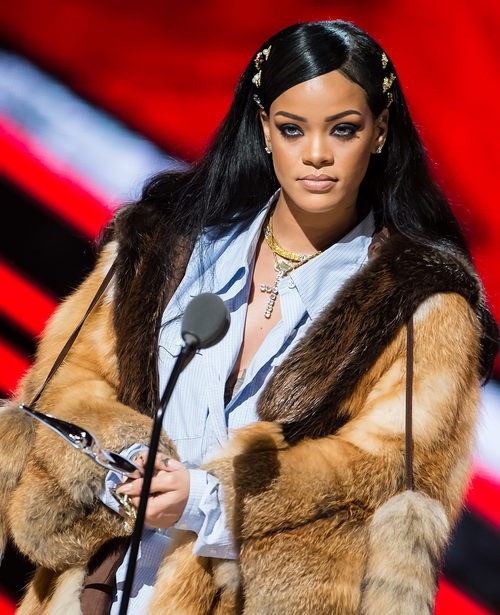 Rihanna en Black Girls Rock! 2016  Show