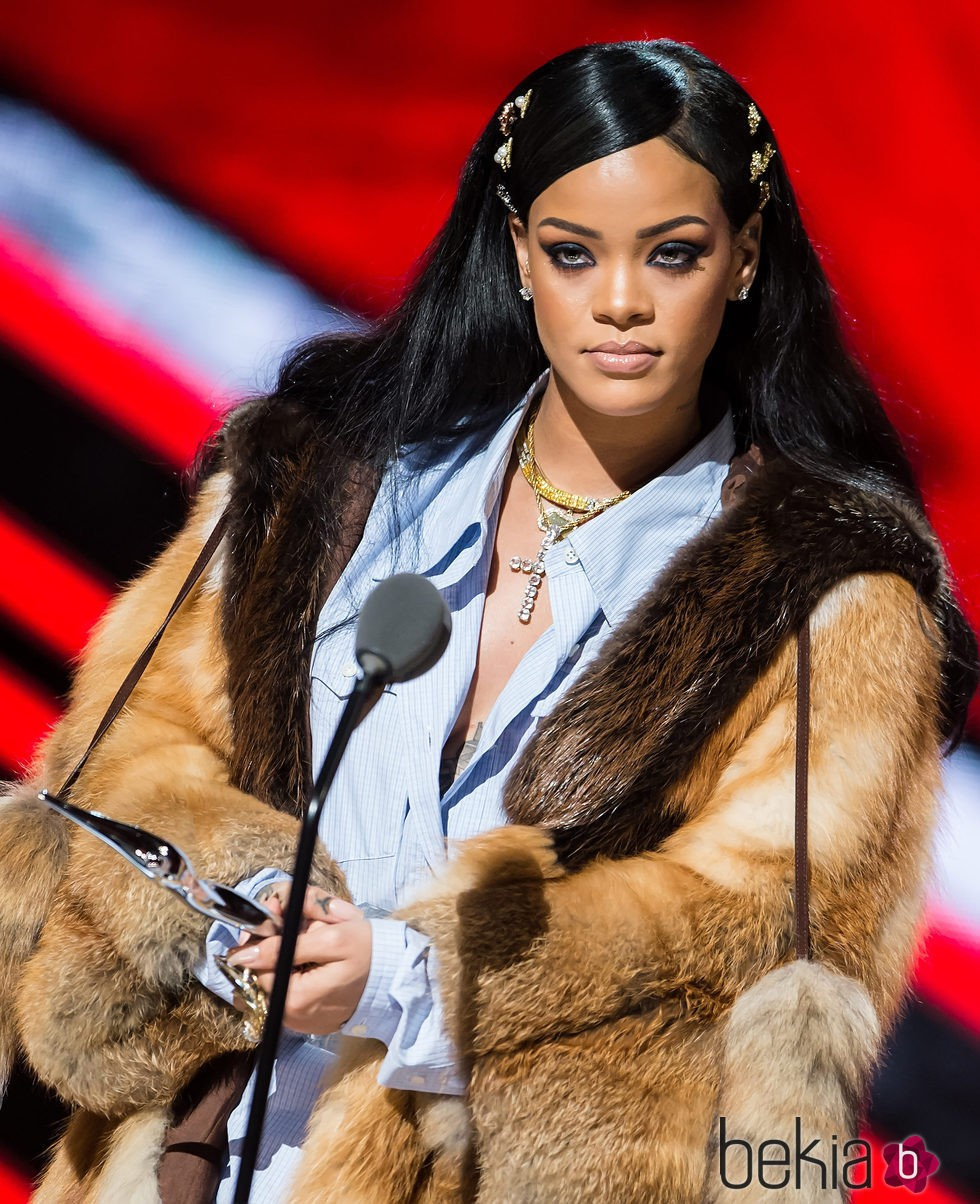Rihanna en Black Girls Rock! 2016  Show