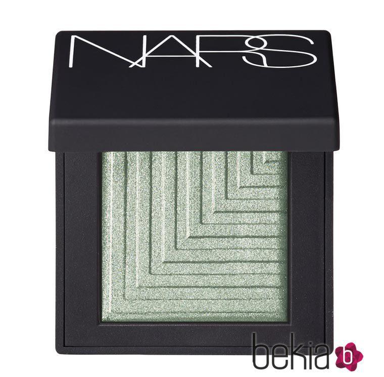 Sombra mental glacial suave de la colección primavera 'Nouvelle Vogue' de NARS