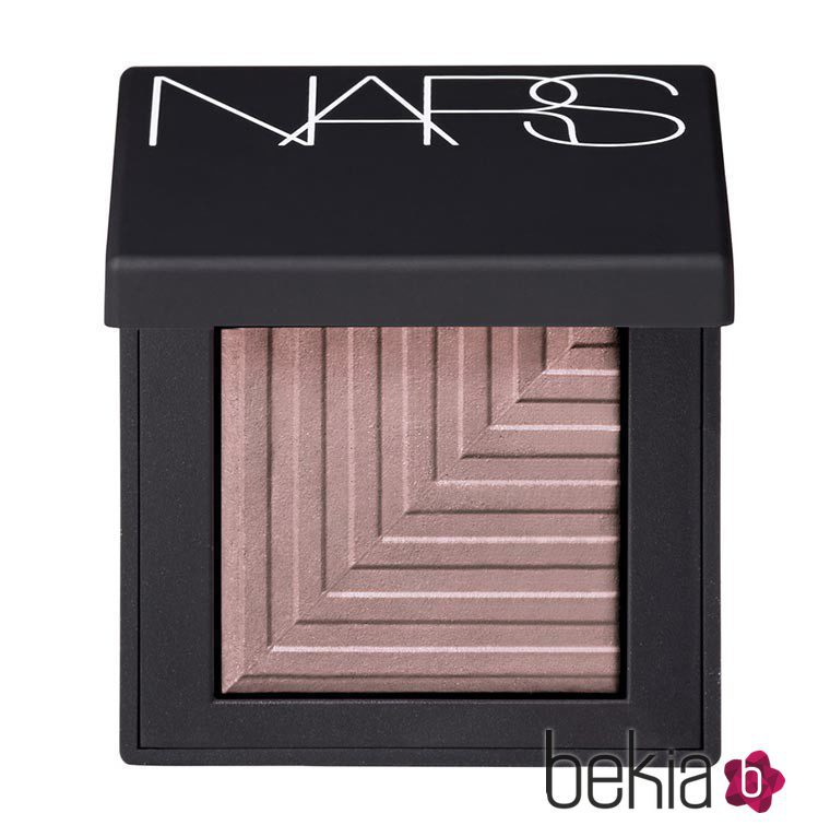 Sombra 'Kari' de la colección primavera 'Nouvelle Vogue' de NARS
