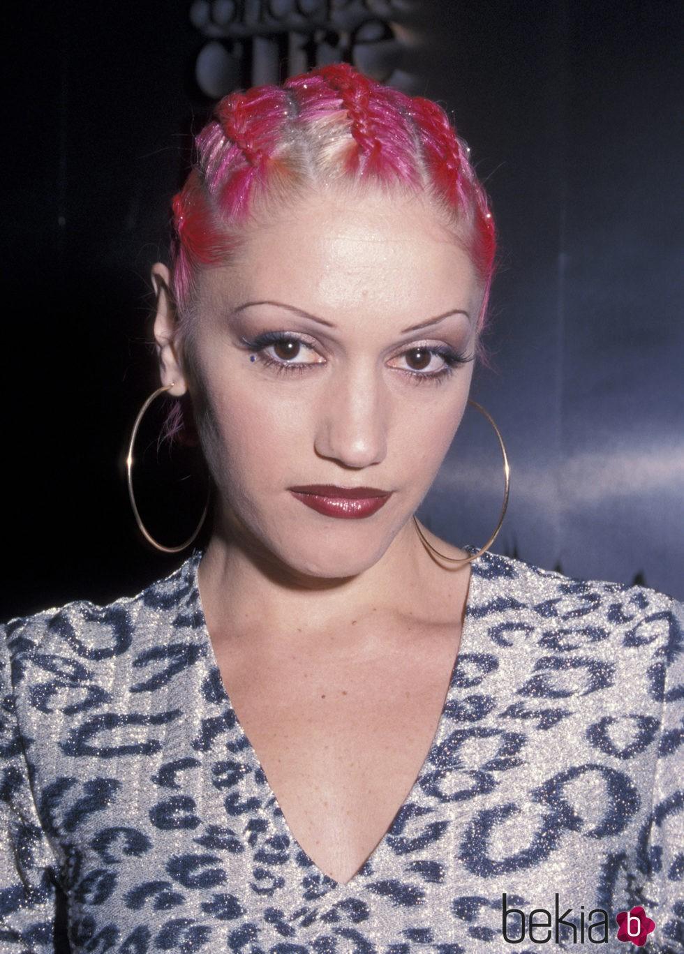 Gwen Stefani en Vivienne Westwood Fall 2000 Fashion Show
