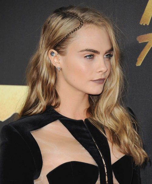 Cara Delevingne  en la entrega de premios MTV Movie Awards 2016