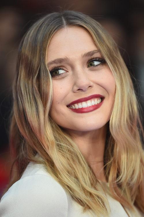Elizabeth Olsen en la premier de Londres de 'Captain America: Civil War'