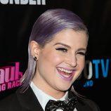 Kelly Osbourne corte bob 'laminado' con fijador