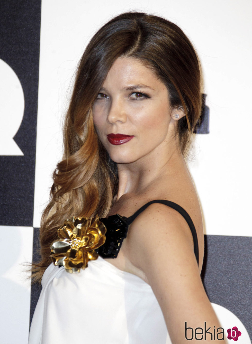 Juana Acosta con peinado 'Old Hollywood'