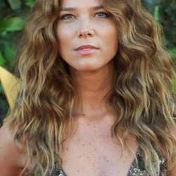 Juana Acosta, la belleza colombiana en sus mejores beauty looks
