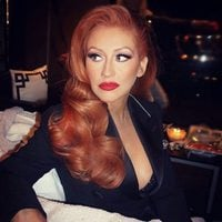Christina Aguilera se tiñe de pelirrojo
