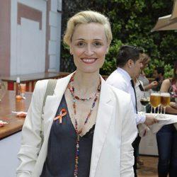 Laura Pamplona con ojeras y raíces en un evento de belleza en Madrid