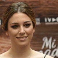 Blanca Suárez con beauty look en peinado de recogido con moño bajo