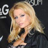 Paris Hilton a capas