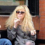 Courtney Love fumando en Soho