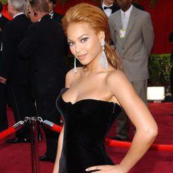 Beyoncé en la 77 edición de los Oscars