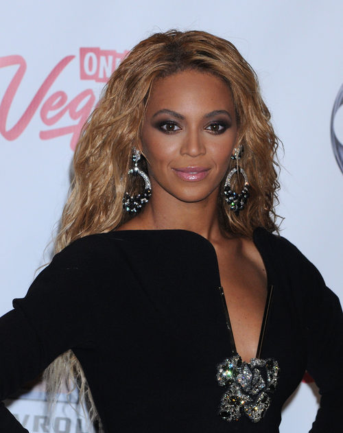 Beyoncé en los premios Billboard en 2011 en Las Vegas